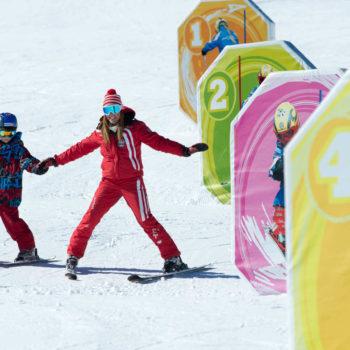 Skifahren lernen mit den Skilehrern in den Dolomiten auf der Seiser Alm