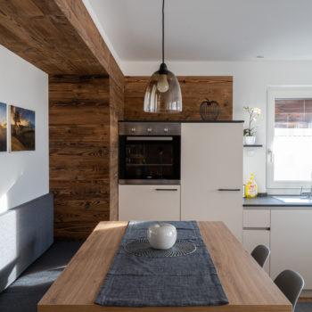 Cucina-soggiorno nell'appartamento Roderer