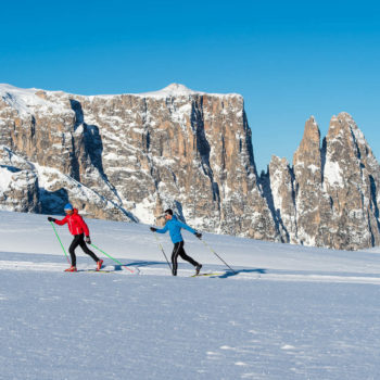 Cross-country skiing on the Seiser Alm - the Schlern in the background