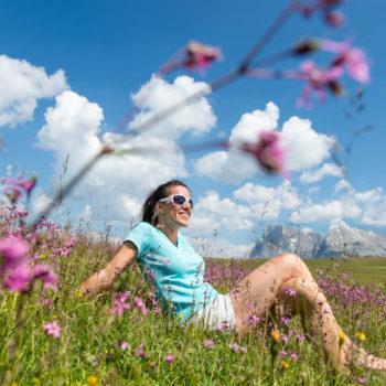 Meravigliose escursioni sui prati fioriti dell'Alpe di Siusi